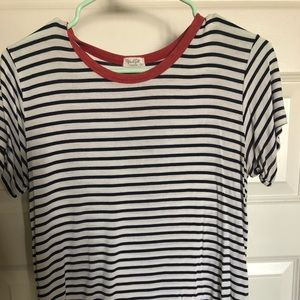 Navy and white striped tee with red collar